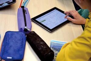 美家長反iPad取代教科書