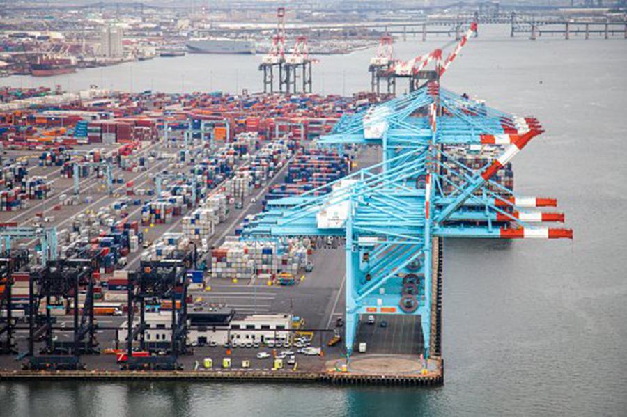 在這場貿易戰中,美方的要求很明確,即減少美中貿易逆差,開放中國市場,迫使中共停止不公平貿易行為,以及停止技術盜竊。(Getty Image)