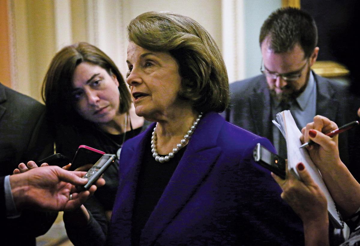 中共情報機構曾經買通美國參議員范士丹加州辦公室的一名僱員。圖為范士丹(Dianne Feinstein)。(Getty Images)