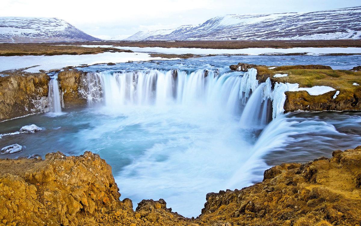 冰島的黃金瀑布。(Fotolia)