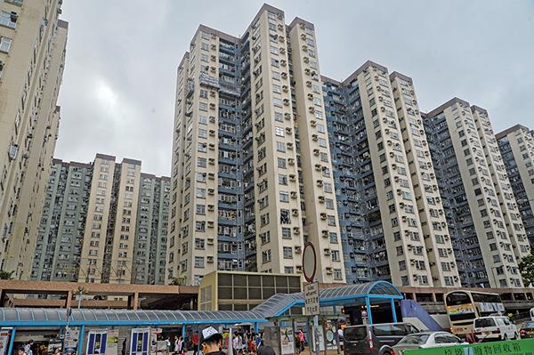 九龍區4個指標屋苑包括麗港城、黃埔花園、新都城及美孚新邨,則僅錄得約1宗成交,圖為美孚新邨。(大紀元資料室)