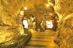 前往京畿道光明市感受涼爽的洞窟之旅