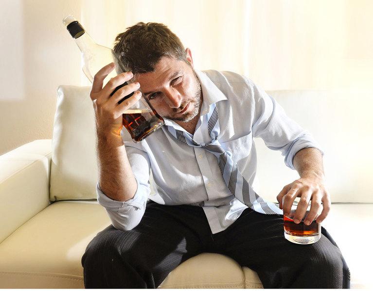 喝酒上癮時  大腦發生了怎樣的變化?