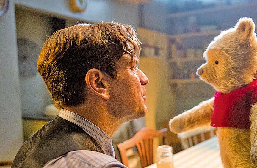 原本童年時天真無邪又快樂無比的羅賓,成年後被工作壓力弄得不再樂觀開朗,甚至忽略了家人的需求,幸好在小熊維尼等動物夥伴的幫助下,重新找回自我。