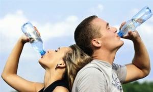 脫水是百病之源  多汁食物補水益健康