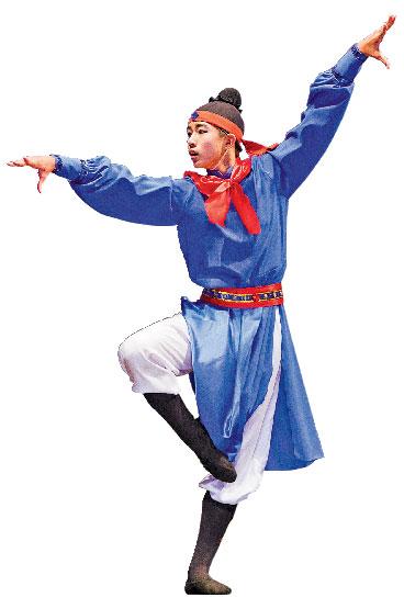 2012年,陳柏維在第五屆「全世界中國古典舞大賽」中,表演舞劇《易水寒》。(戴兵/大紀元)