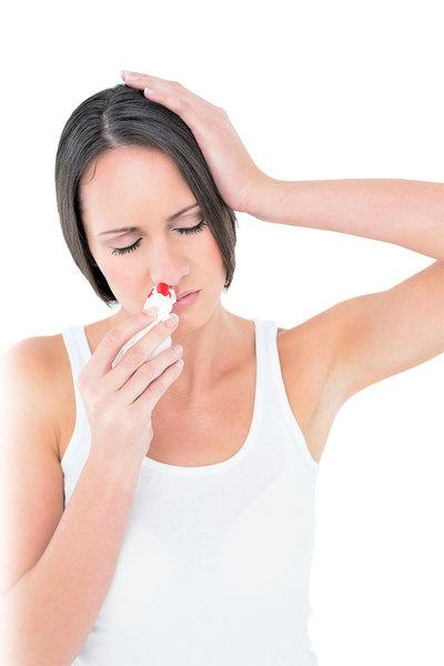 常流鼻血怎麼辦?
