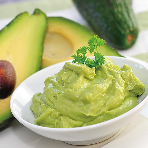 把牛油果作成果醬,沾麵包或者製作沙律都合適。
