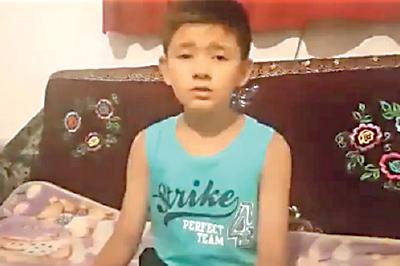 網上流傳一段男童阿合卓力講述父親被關進集中營的片段,引起廣泛關注。(新疆人Twitter截圖)
