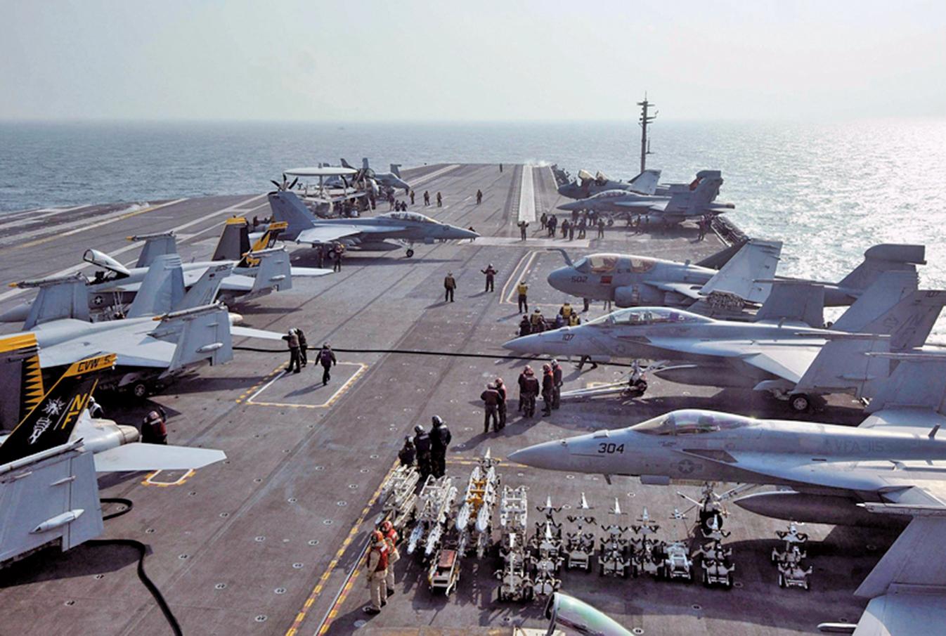 圖為2016年11月29日,美韓在黃海進行聯合軍事演習。(Getty Images)