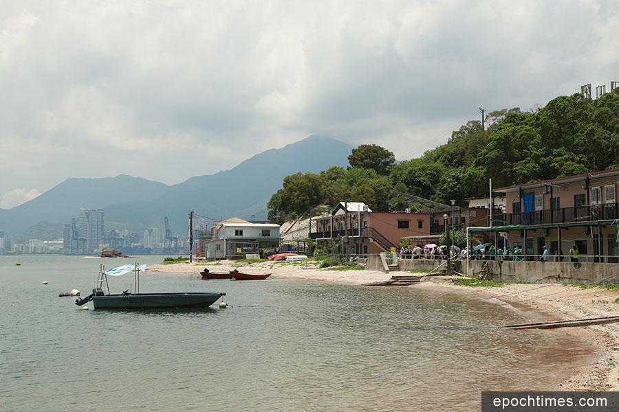 鴨洲漁民村在全盛時期有多達1000人居住,目前僅餘下3人常住在島上。(陳仲明/大紀元)