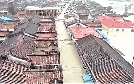 廣東暴雨致洪災 多地水深兩米