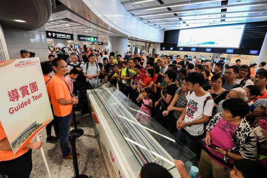 高鐵大陸執法人員每年一億伙食費 議員批慷香港人之慨
