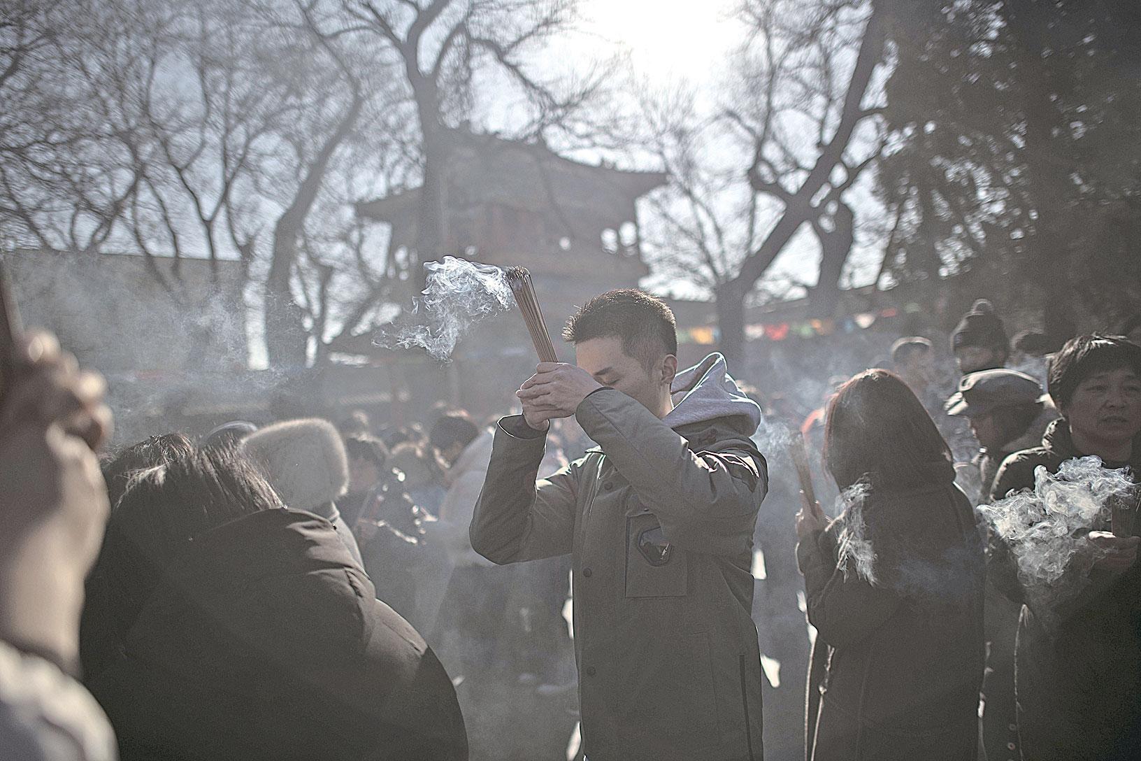 中共治下,宗教界早已烏煙瘴氣,淨土難覓。(NICOLAS ASFOURI/AFP/Getty Images)