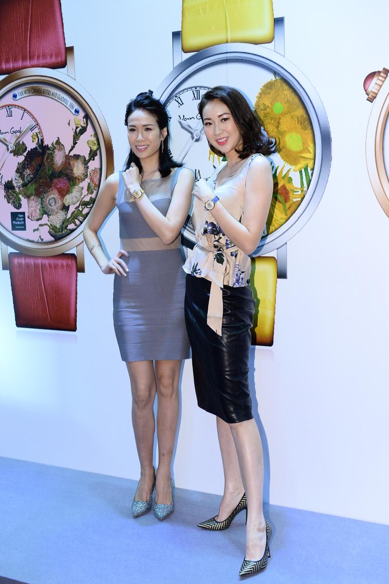 莊思明(左)表示不急於結婚,而莊思敏(右)則羨慕妹妹有男友楊明關心。(宋碧龍/大紀元)
