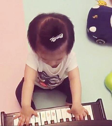 郭富城囡囡1歲Chantelle。(方媛IG)