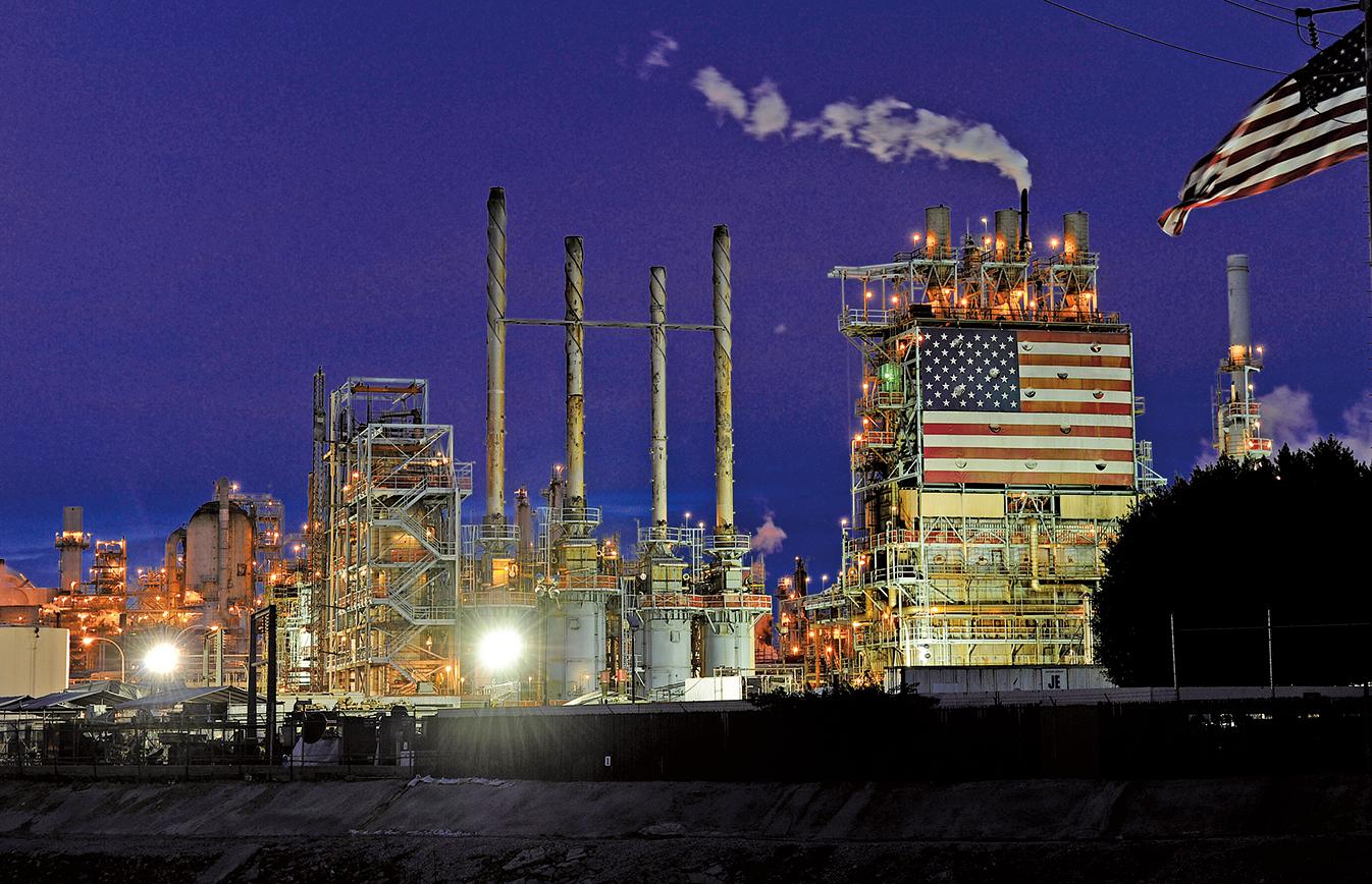 目前石油的備用產能低於全球總需求的3%,而真正的風險會在2019年,屆時油價將會大幅上漲。(大紀元資料室)