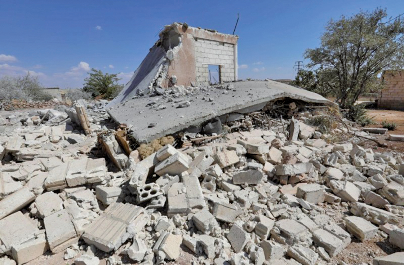 2018年9月8日,敘利亞伊德利布省南部遭政府軍聯同俄羅斯空軍,猛烈的空襲。(AFP)