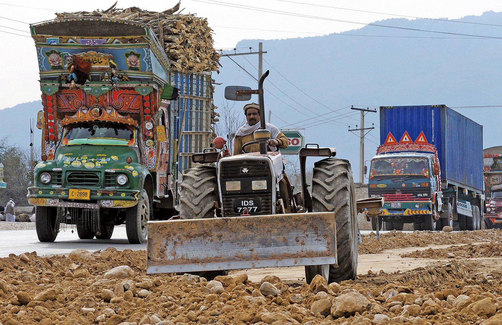 巴基斯坦新政府正計劃與中共就「一帶一路」項目重新談判。(AFP)