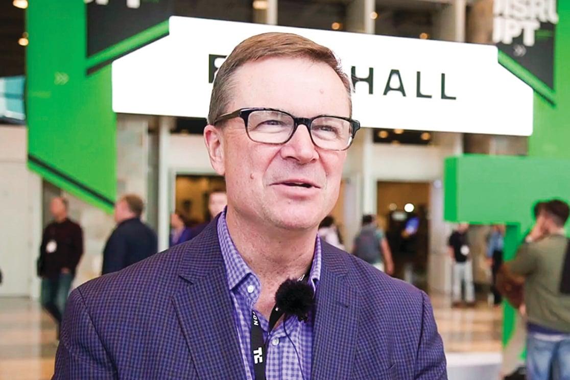 TechCrunch首席營運長德斯蒙德Ned Desmond介紹Disrupt大會。(曹景哲∕大紀元)