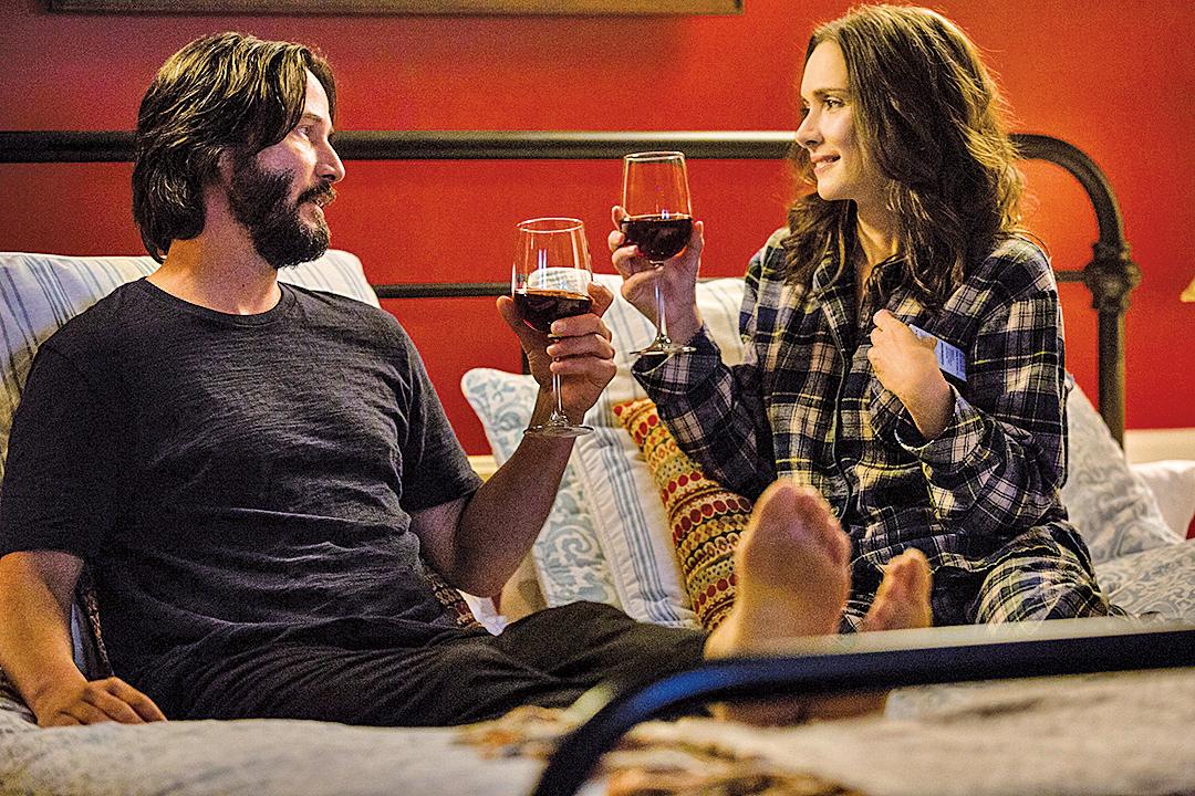飾演男女主角的奇洛李維斯及雲露娜維達,在片中化學反應幾近滿分,每場對手戲都能帶來足夠的趣味。