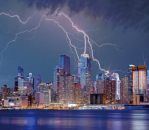 閃電預報 助飛行員避開高危風暴