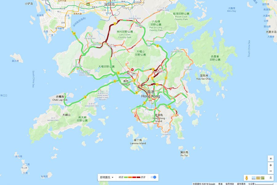 本港多個路段仍未解封,另有不少路段需要清理,交通未能完全恢復。圖為今日上午10時30分的交通情況。(Google地圖)