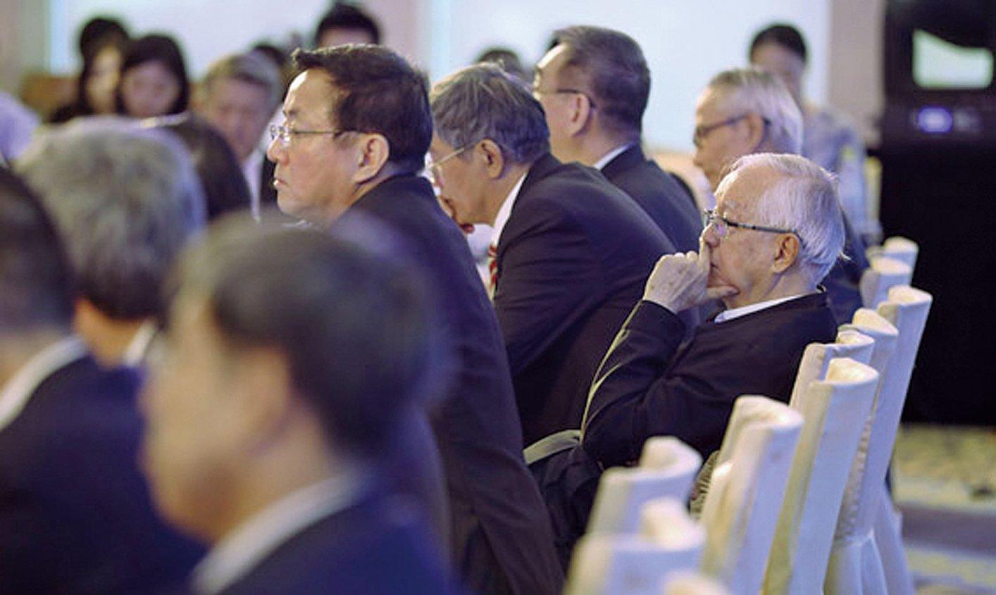 中國經濟論壇日前在北京舉行,中國官學兩屆最有頭面的人都出席。(Getty Images)