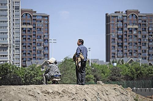 大陸各地房地產調控政策不斷加碼,料「金九」盛況不再。(Getty Images)