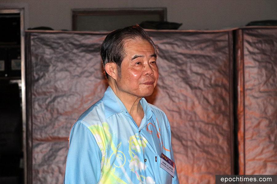 大坑舞火龍總指揮陳德輝,為第四批國家級非物質文化遺產項目代表性傳承人之一。(陳仲明/大紀元)
