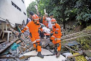 印尼強震海嘯災情嚴重 罹難者恐破千人
