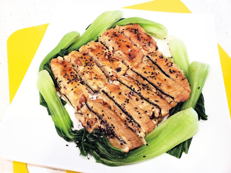 【梁廚美食】芝麻素燒鰻魚