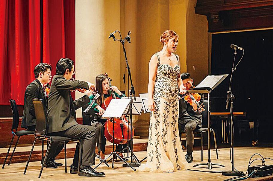 女中音連皓忻將會在《流水行雲-東西音樂對話》音樂會中演唱英國詩人雪萊的作品。(受訪者提供)