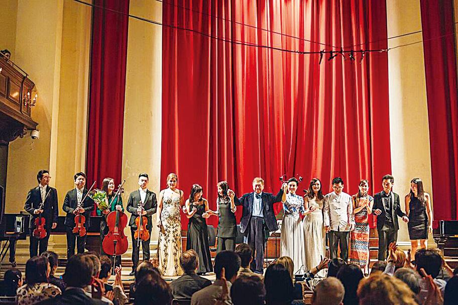 「非凡美樂」去年應邀在英國倫敦「香港音樂系列」做開幕演出,其後大獲好評。(受訪者提供)