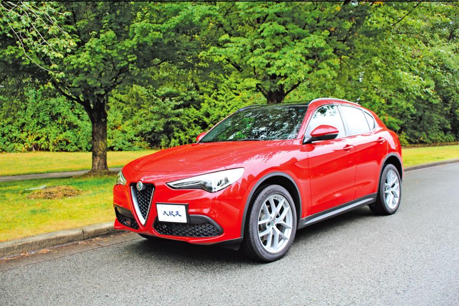 正合我「意」2018 Alfa Romeo Stelvio Ti  Sport AWD
