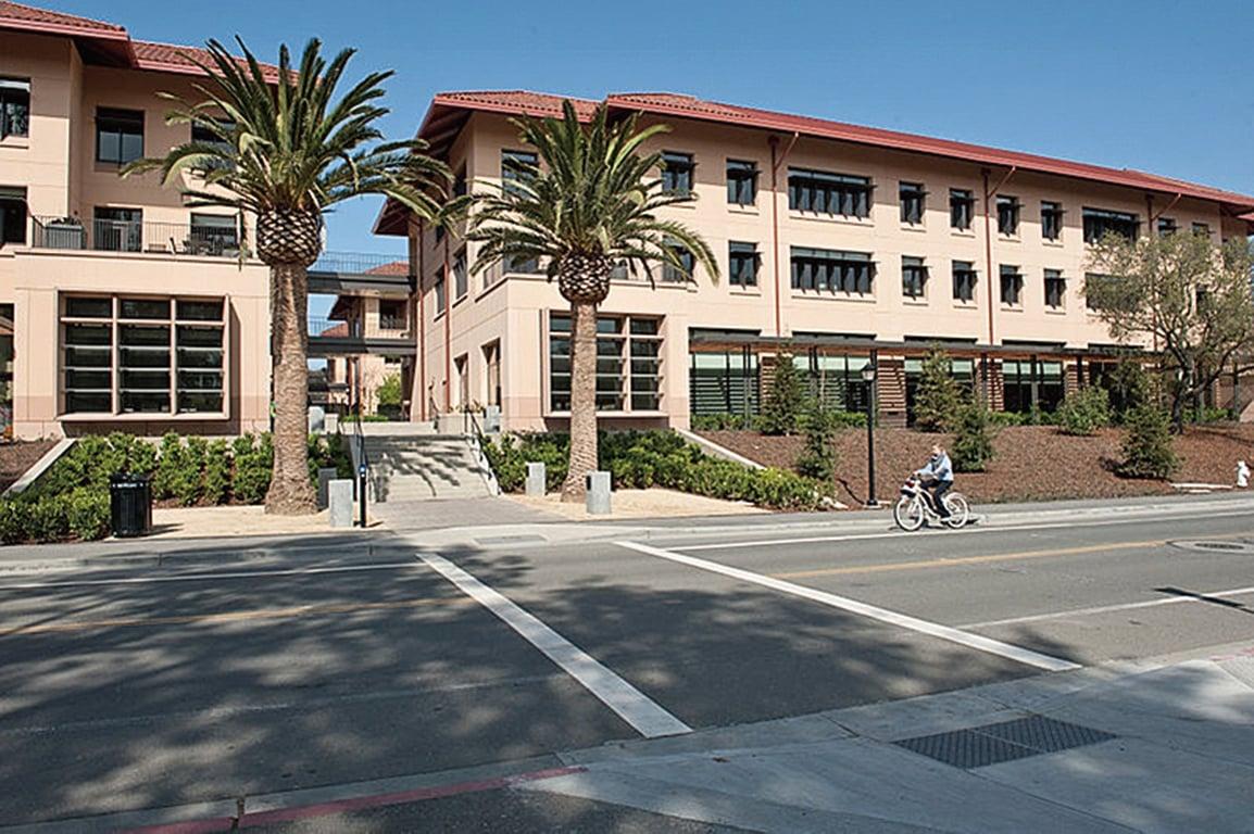 史丹福大學商學院擁有世界上最好的MBA課程。(Steve Castillo/WikiMedia Commons)