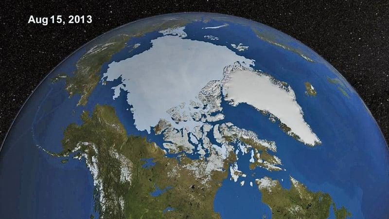 北極冰蓋層大幅縮減,科學家預測今或明年可能會消失無冰。(網絡圖片)