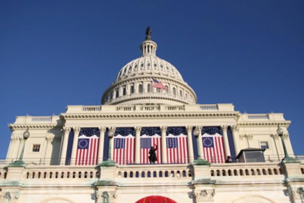 日前美國聯邦參議院18位跨黨派議員聯合發聲,譴責中共打壓宗教信仰團體。圖為美國國會。(李莎/大紀元)