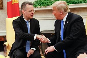 從土耳其獲釋 美國牧師獲特朗普在白宮接見