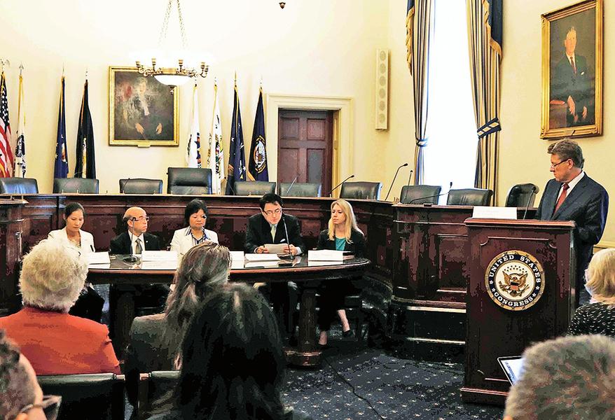 美國會簡報會 聚焦中國宗教信仰自由現況 法輪功發言人籲制止中共迫害