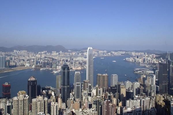 美國媒體近日評選出2016年全球十大最有智慧國家,其中香港排名第一,台灣排行第4位。圖為香港維多利亞港。(大紀元資料庫)