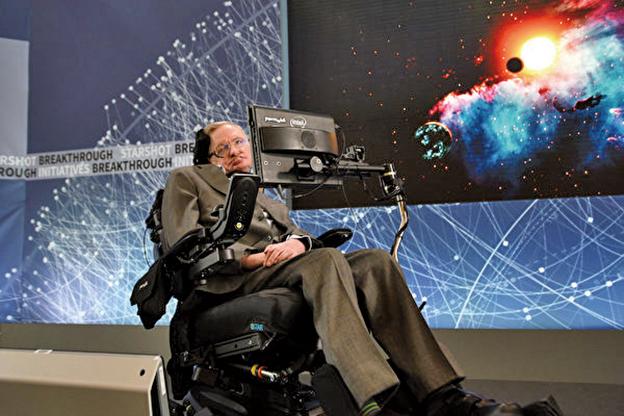 英國物理學家霍金在書中預言,人類將以基因改造技術,創造出無論智力、壽命或抵抗力都較優秀的「超級人類」(superhumans),而未來人類最終會被「自己的設計」摧毀。(Bryan Bedder/Getty Images)