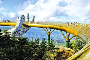 兩隻巨手在越南天空撐起一座橋