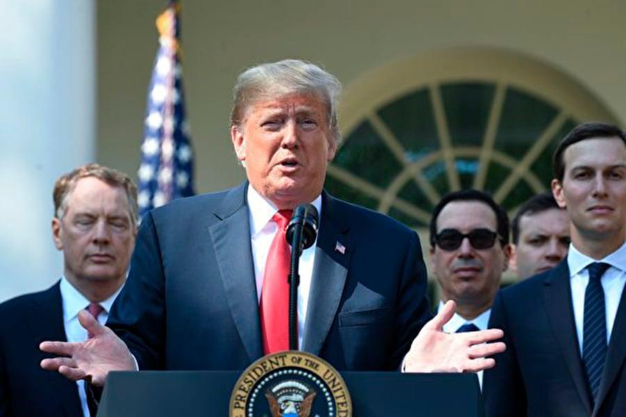 美墨加協議32.10條款在亞洲引發轟動。人們猜測,它可能將複製到未來美國跟亞洲國家的貿易協定當中,以加強圍剿中共。 (Photo credit should read JIM WATSON/AFP/Getty Images)