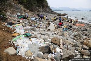 西貢淨灘行動 清走逾百袋海洋垃圾