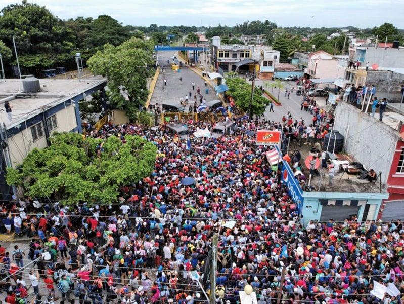 難阻難民 特朗普:邊境緊急狀態