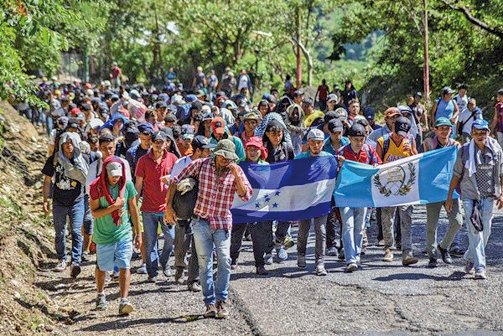上週末,非法跨越墨西哥南部邊境的移民飆升至七千到一萬人左右。(AFP)