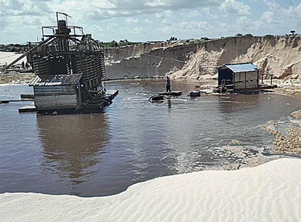 報告指中企無度採沙毀非洲珍貴沙灘