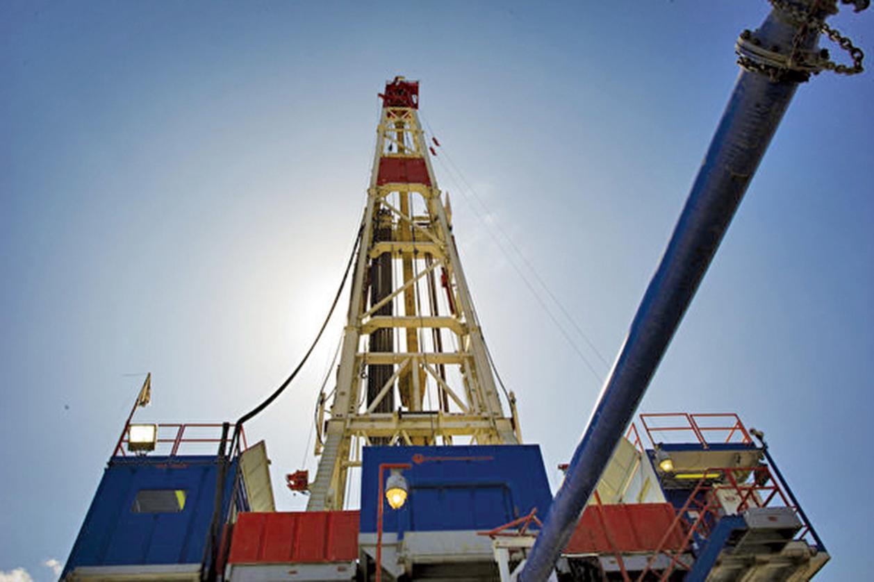 多年拒絕美國、高度依賴廉價俄羅斯天然氣的德國,終於決定向美國天然氣敞開大門。圖為運載液化天然氣的油輪。(Getty Images)
