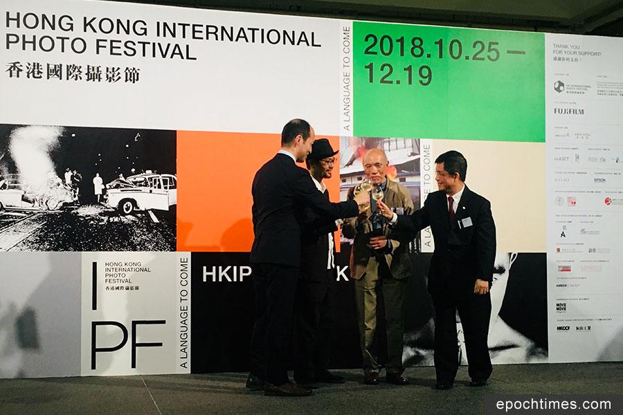 香港國際攝影節10月25日在石硤尾白田街賽馬會創意藝術中心(JCCAC)開幕。(曾蓮/大紀元)